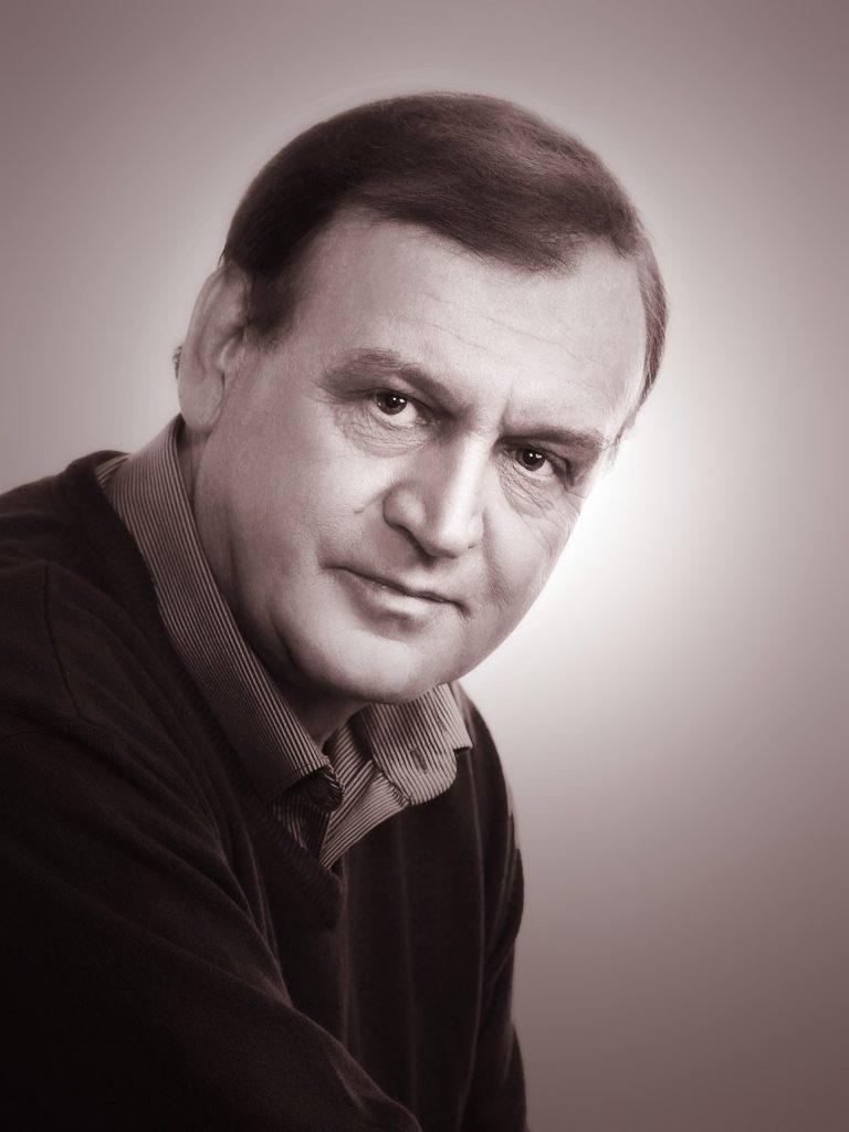 Навроцкий Виктор Николаевич